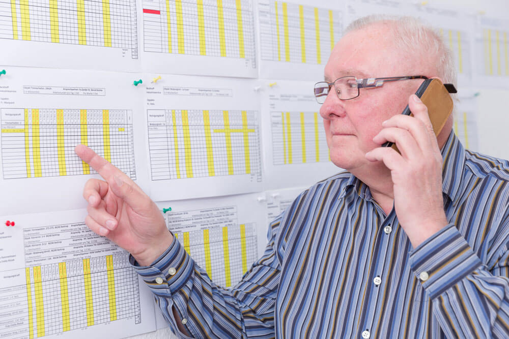 Mitarbeiter bei der Terminplanung